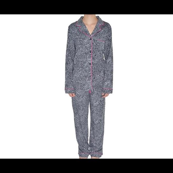 266dba9fbd68c DKNY Intimates & Sleepwear | Pajama Set M | Poshmark